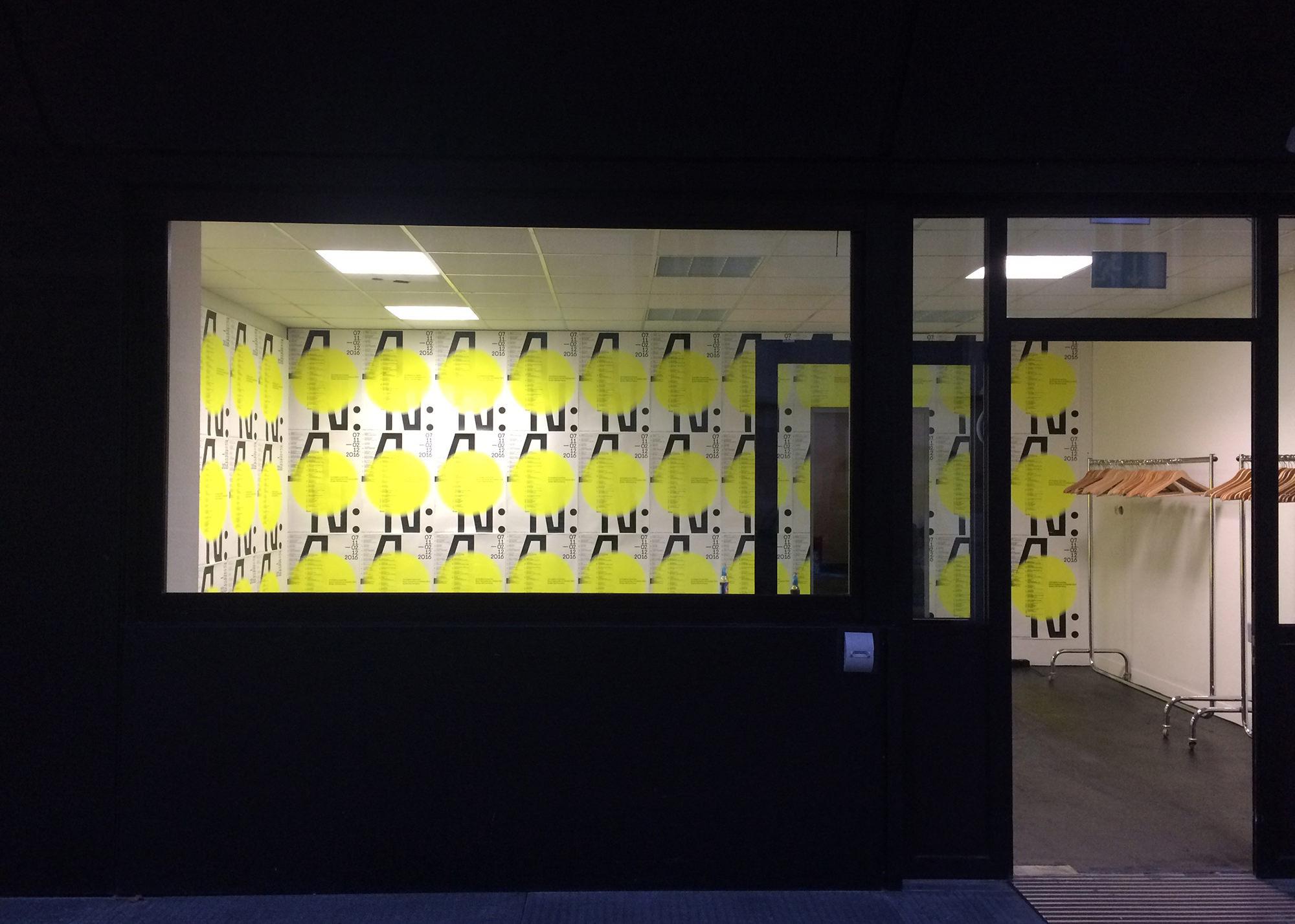 Plakatwand am Eröffnungsabend im Fruchtkasten, Stuttgart