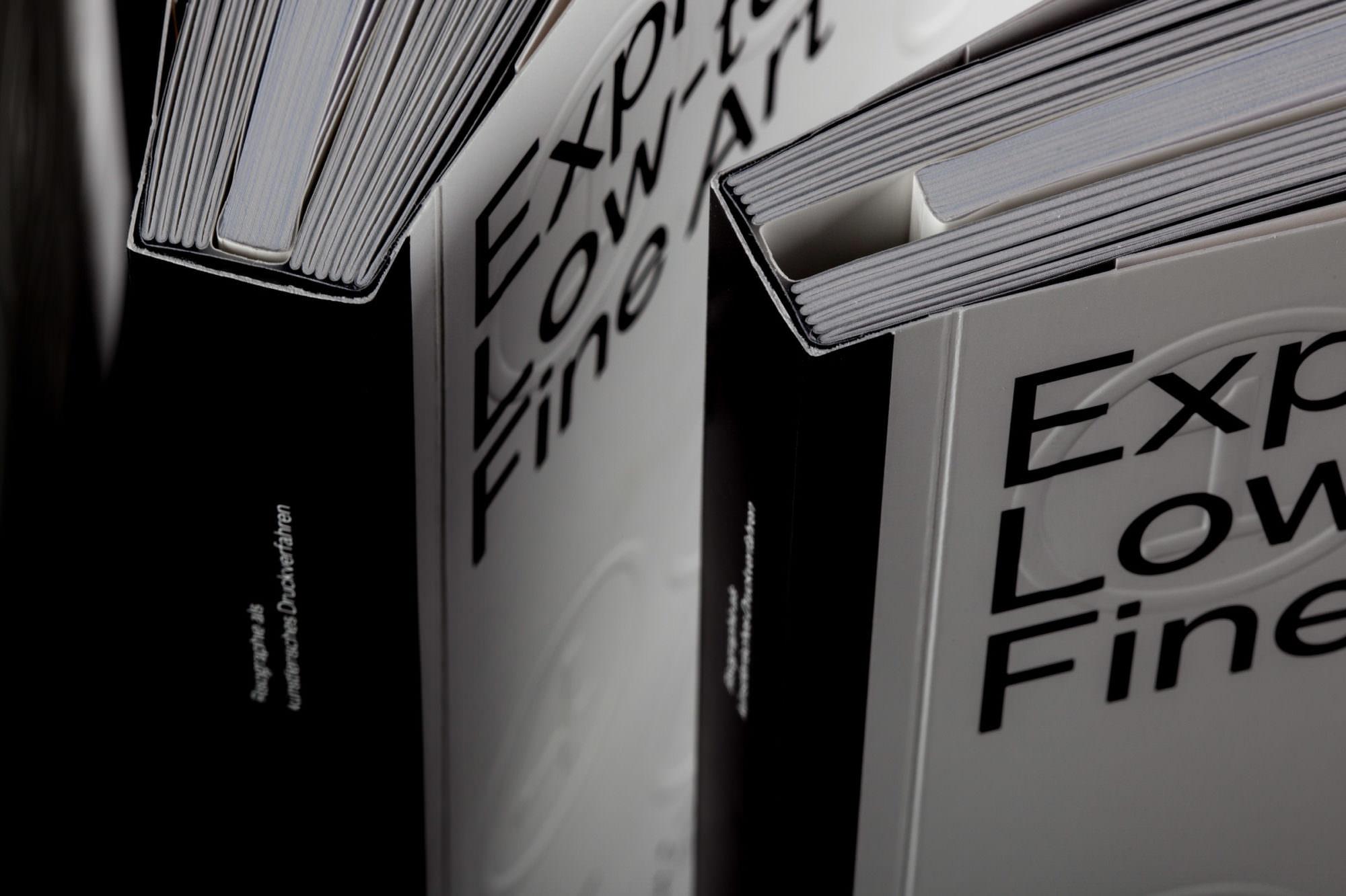 Buch »Exploriso: Low Tech Fine Art«, Buchbinderische Besonderheit des Book-In-Book.