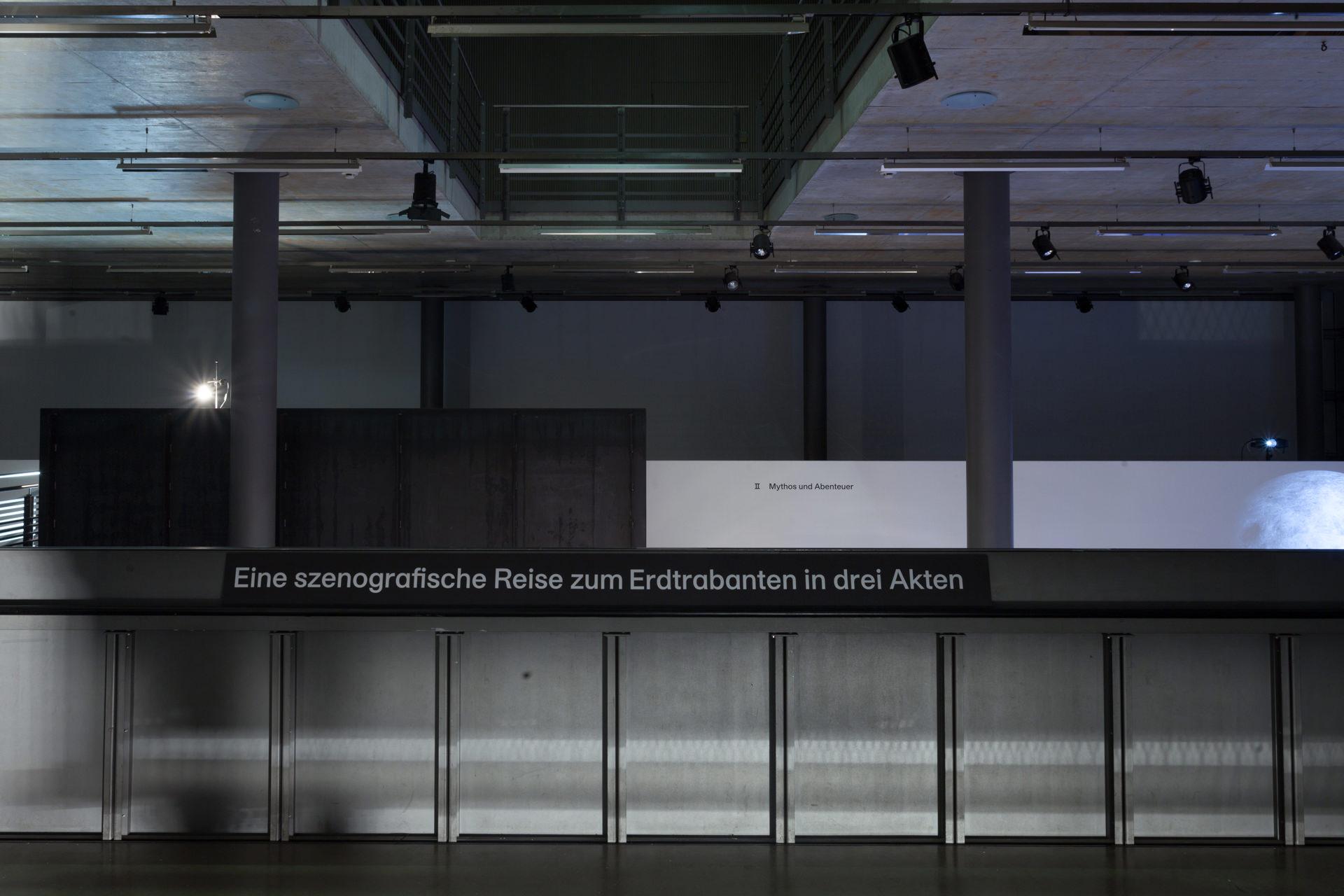 Der Ort der Ausstellung war der Graben im Neubau 2 der ABK Stuttgart auf dem Killesberg in Stuttgart.