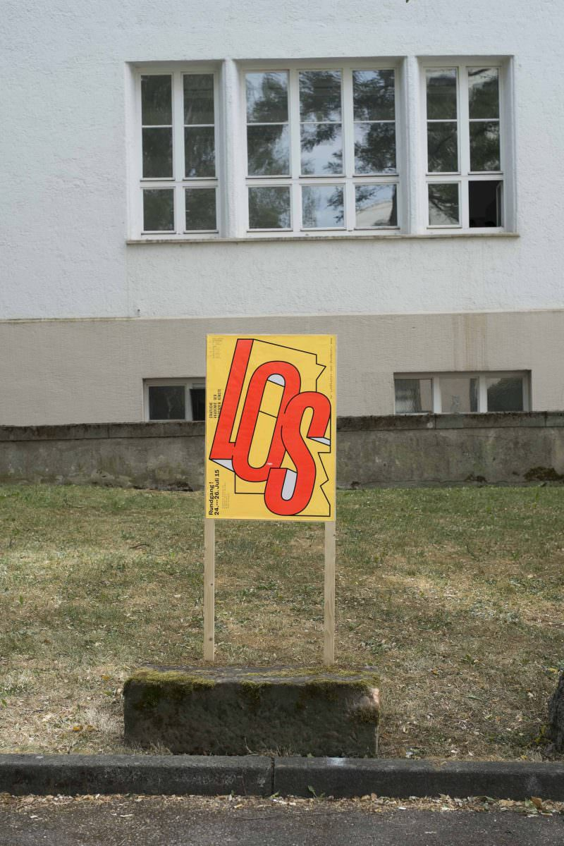Rundgangplakat auf dem Campus der Staatlichen Akademie der Bildenden Künste Stuttgart